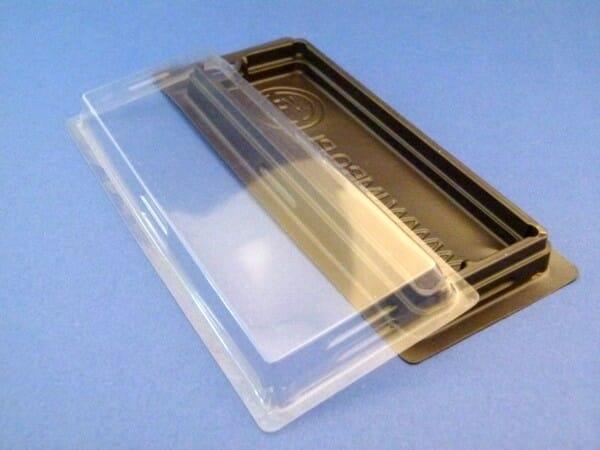 kaseta z tworzywa z pokrywką